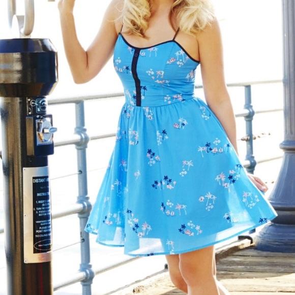 eee051245be LC Lauren Conrad Blue Beach Embroidered Dress Sz 8